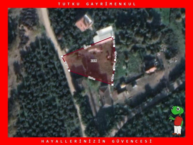 ORHANGAZİ KARSAK KÖYÜN'DE 1.360 m² SATILIK KÖY İÇİ ARSA
